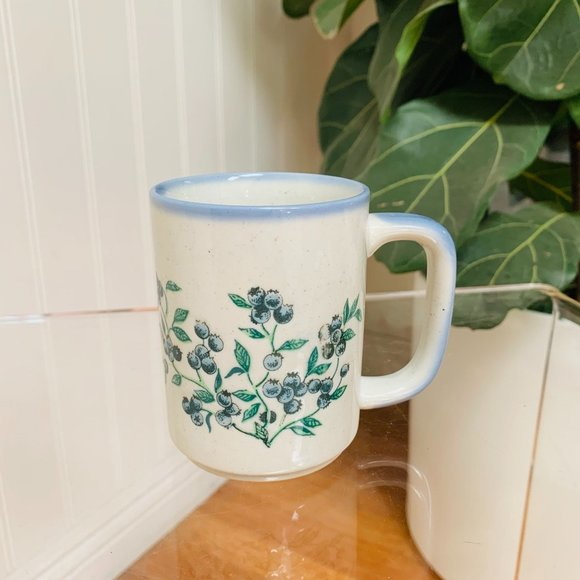 Vintage Hand Painted Ceramic Blueberry Mug